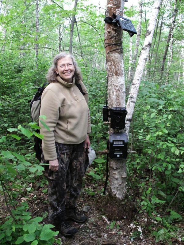 Sue and trail cameras - June 14, 2010